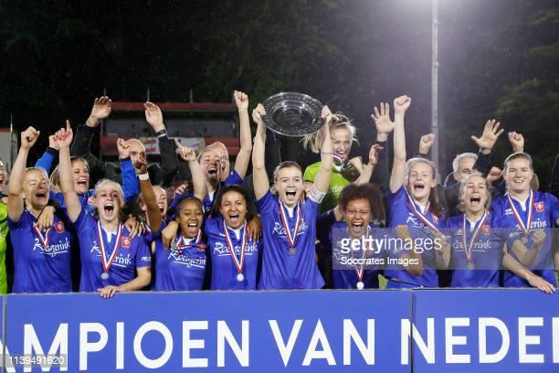 Maud Roetgering of FC Twente Women, Myrthe Moorrees of FC Twente Women, Suzanne Giesen of FC Twente Women, Cheyenne van den Goorbergh of FC Twente...