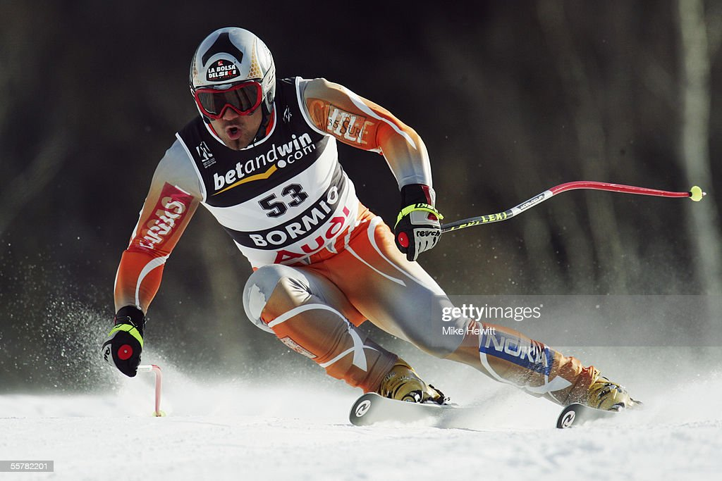 Maui Gayme of Chile in action during the Men's Super-G at the FIS Alpine World Ski Championships on January 29, 2005 in Bormio, Italy.