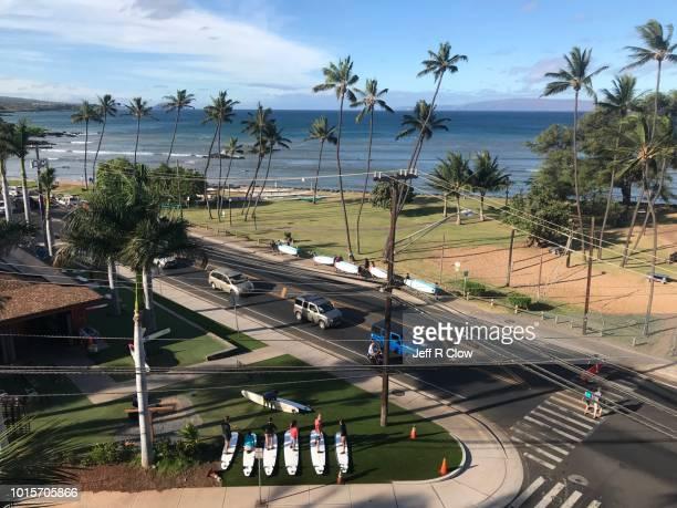 maui south shore scene 3- editorial only - only men stockfoto's en -beelden