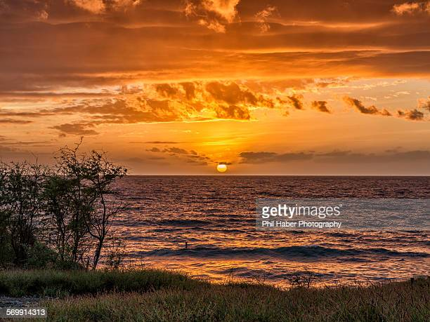 maui sunset - phil haber stock pictures, royalty-free photos & images