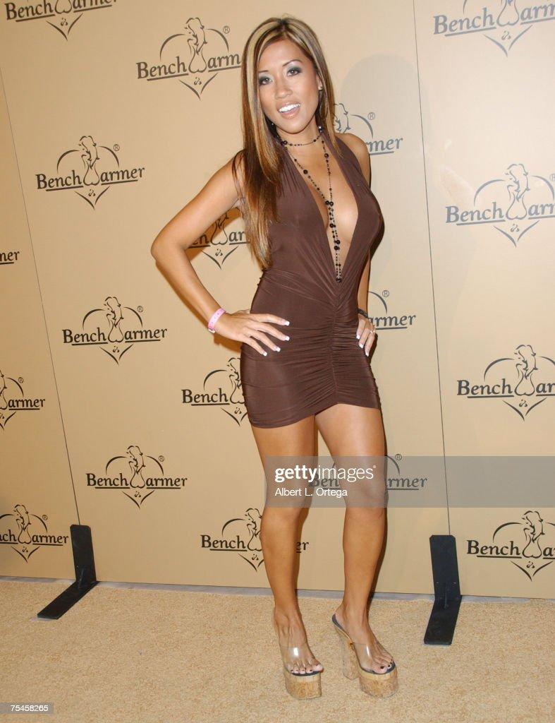 Maureen Hoang Nude Photos 45
