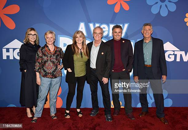 Maureen McCormick Eve Plumb Susan Olsen Mike Lookinland Christopher Knight and Barry Williams attend HGTV's 'A Very Brady Renovation' reception for...
