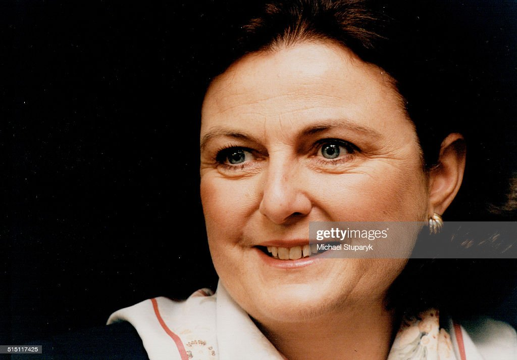 Maureen McTeer... : News Photo