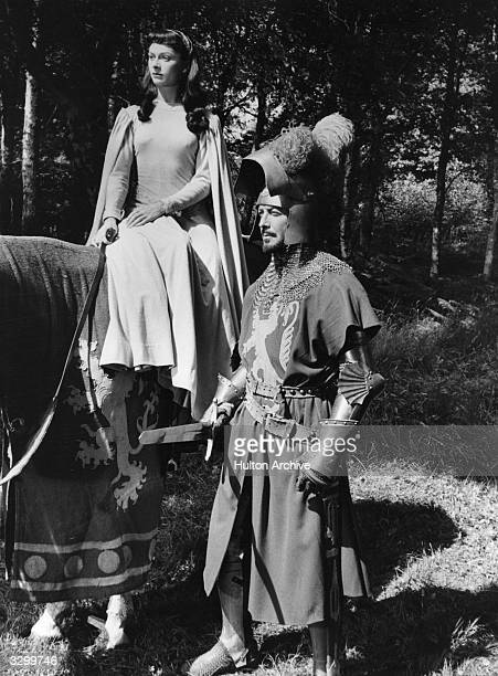Maureen Swanson as Elaine and Robert Taylor as Sir Lancelot in the film 'The Knights of the Round Table' directed by Richard Thorpe and produced by...