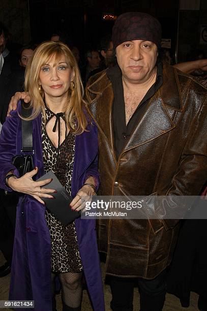 Maureen Van Zandt and Steven Van Zandt attend Walk the Line inside arrivals at Beacon on November 13 2005 in New York
