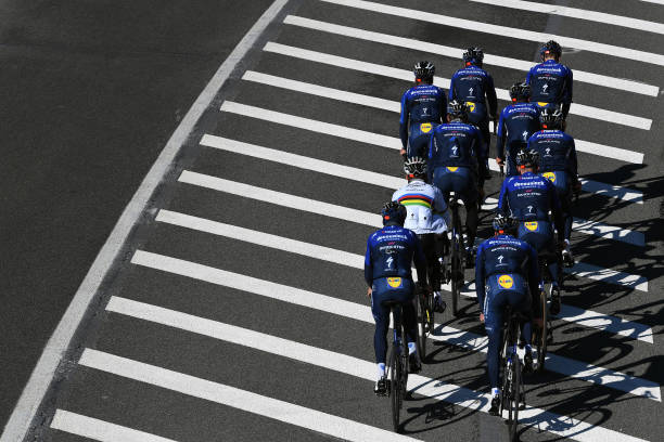 ESP: Team Deceuninck - Quick-Step 2021 - Training Camp