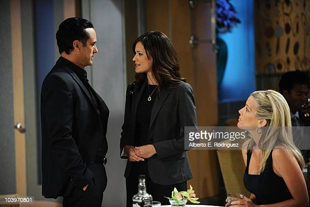 Maurice Benard Dahlia Salem and Laura Wright in a scene that airs the week of September 27th on ABC's GENERAL HOSPITAL