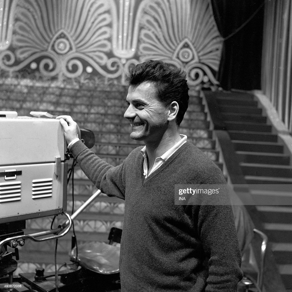 Personalities of the television and the radio : News Photo