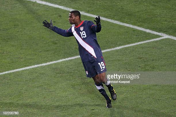 Maurice Edu of the United States reacts after his goal is disallowed during the 2010 FIFA World Cup South Africa Group C match between Slovenia and...