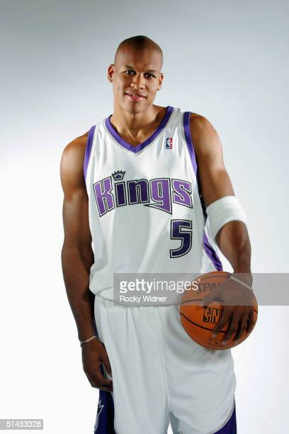 Maurice Evans of the Sacramento Kings poses during the Kings Media Day on October 1 2004 at Arco Arena in Sacramento California NOTE TO USER User...