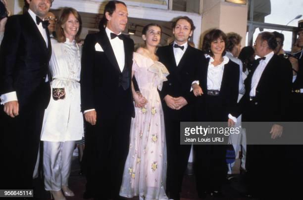 Maurice Ronet Ariel Besse et Patrick Dewaere pour le film 'Beau Père' lors du Festival de Cannes en mai 1981 France