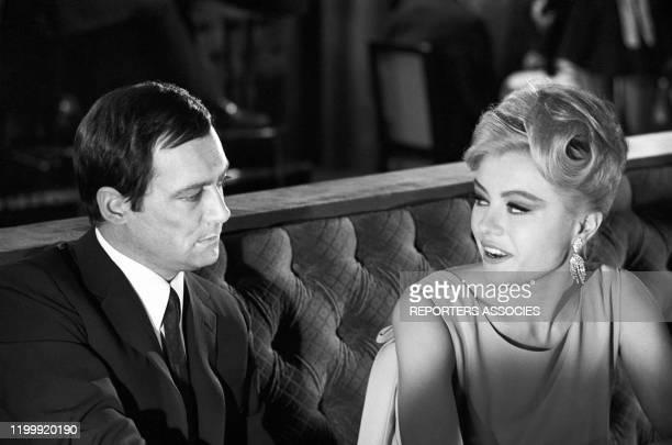 Maurice Ronet et Margaret Nolan lors du tournage du film 'Trois chambres à Manhattan' réalisé par Marcel carné à New York le 10 avril 1965 EtatsUnis