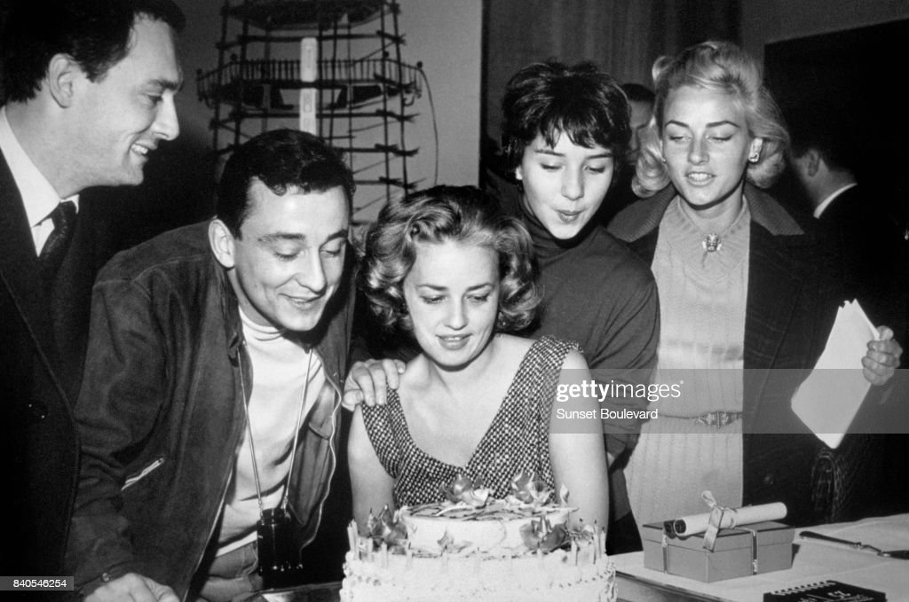 Maurice Ronet, Louis Malle, Jeanne Moreau, Yori Bertin and Elga Andersen on the set of 'Lift to the Scaffold' directed by Louis Malle