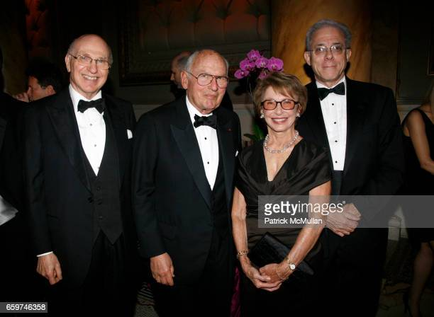 Maurice Sonnenberg James Lowenstein Audrey Wolf and Brian Fix attend FRENCHAMERICAN FOUNDATION Annual Gala Dinner 2009 at Capitale on November 19...