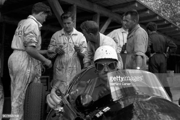 Maurice Trintignant CooperClimax T51 Grand Prix of Argentina Autodromo Oscar Alfredo Galvez Buenos Aires 07 February 1960