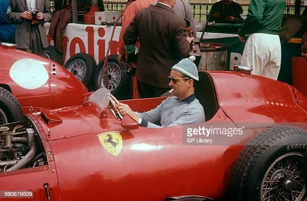 Maurice Trintignant in his Lancia Ferrari D50 British GP Aintree 20 July 1957