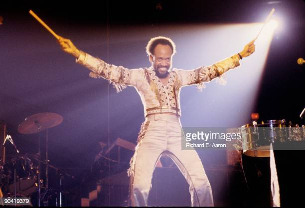Maurice White from Earth Wind And Fire performs live on stage in New York in 1979