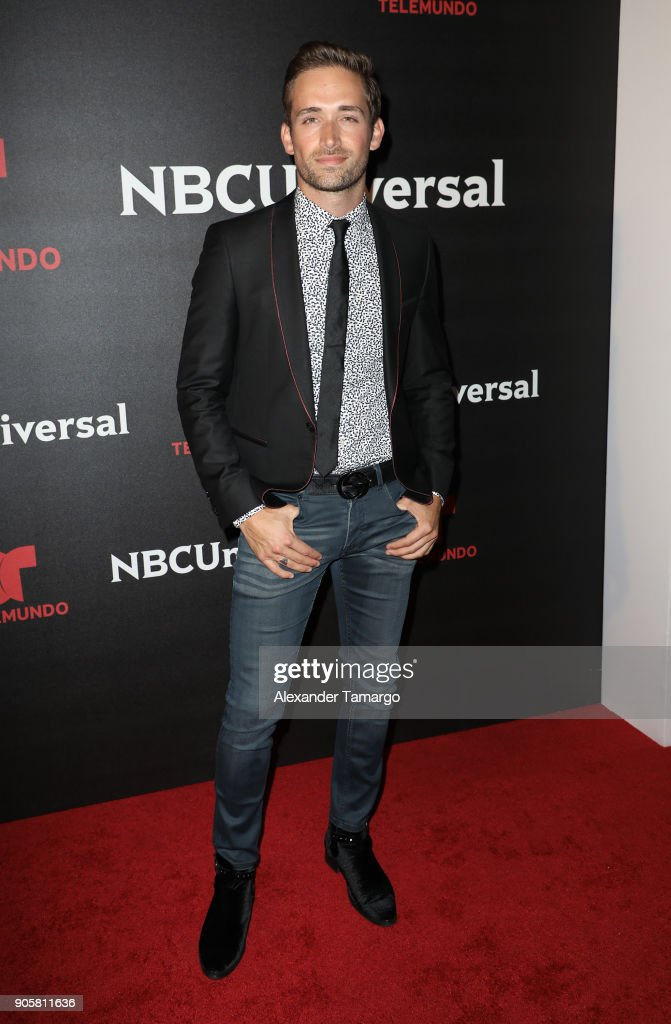 https://media.gettyimages.com/photos/mauricio-henao-arrives-at-the-telemundo-and-nbc-universal-latin-red-picture-id905811636