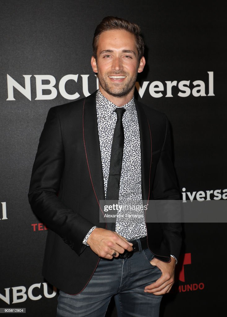 https://media.gettyimages.com/photos/mauricio-henao-arrives-at-the-telemundo-and-nbc-universal-latin-red-picture-id905812904