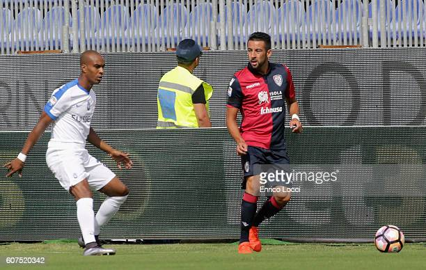 Mauricio Isla of Cagliari in action during the Serie A match between Cagliari Calcio and Atalanta BC at Stadio Sant'Elia on September 18 2016 in...