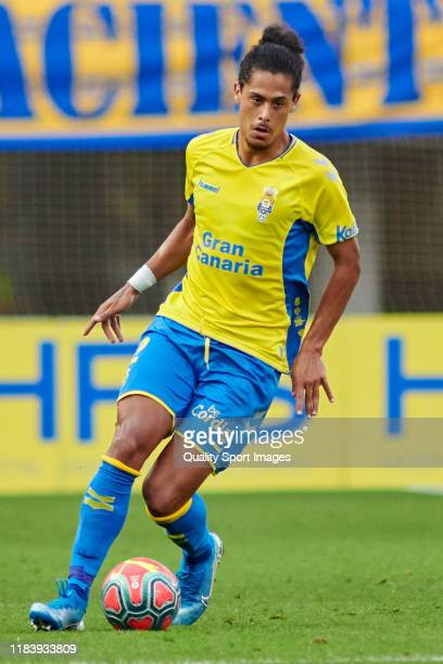 Mauricio Lemos of Las Palmas in action during the match between UD Las Palmas and CF Fuenlabrada at Estadio Gran Canaria on October 27 2019 in Las...