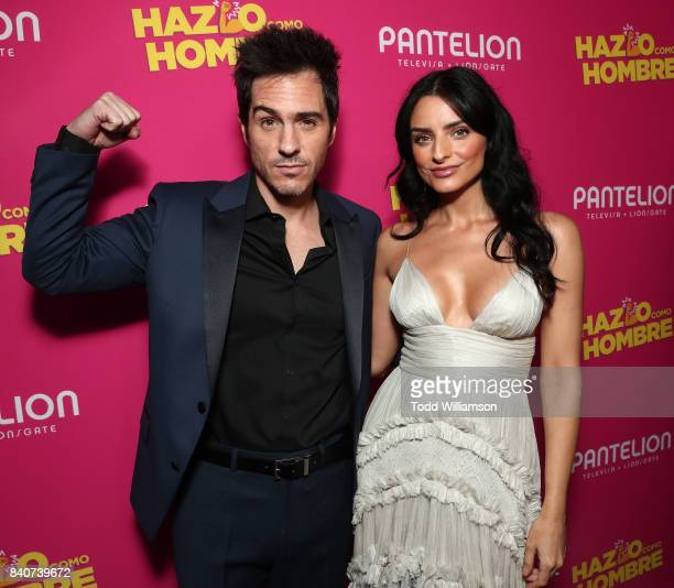 Mauricio Ochmann and Aislinn Derbez attend the 'Hazlo Como Hombre' Los Angeles Premiere at ArcLight Hollywood on August 29 2017 in Hollywood...