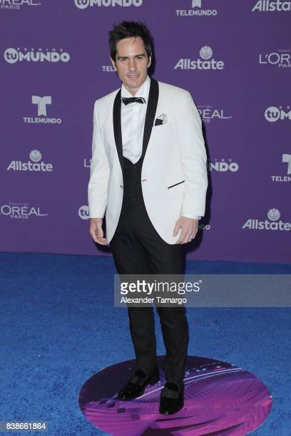 Mauricio Ochmann arrives at Telemundo's 2017 'Premios Tu Mundo' at American Airlines Arena on August 24 2017 in Miami Florida