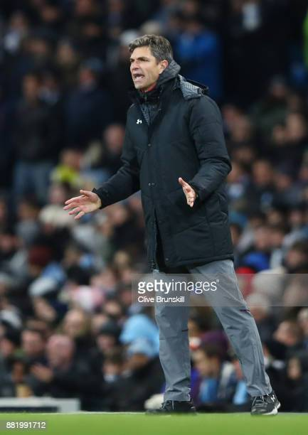 Mauricio Pellegrin Manager of Southampton gives his team instructions during the Premier League match between Manchester City and Southampton at...