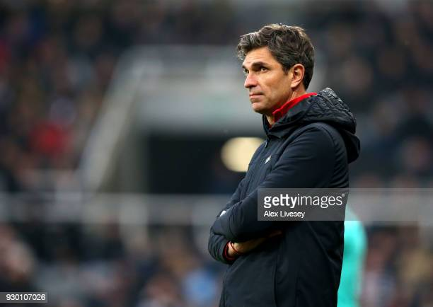 Mauricio Pellegrino Manager of Southampton looks dejected during the Premier League match between Newcastle United and Southampton at St James Park...