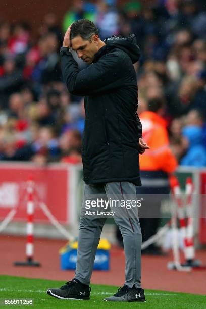 Mauricio Pellegrino Manager of Southampton shows dejection after his side's 12 defeat in the Premier League match between Stoke City and Southampton...