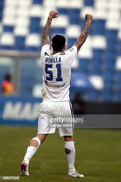 Mauricio Pinilla of Atalanta BC celebrates after scoring a goal during the Serie A match between US Sassuolo Calcio and Atalanta BC at Mapei Stadium...