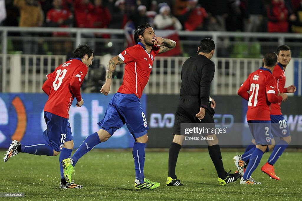 Chile v Northern Ireland - FIFA Friendly Match