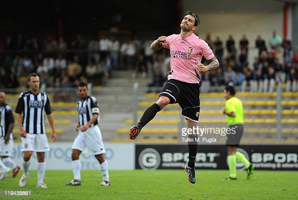 Mauricio Pinilla of Palermo celebrates after scoring the 11 equalizing goal during a preseason friendly match between US Citta di Palermo and Siena...