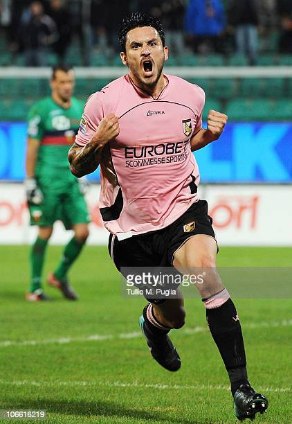 Mauricio Pinilla of Palermo celebrates after scoring the opening goal during the Serie A match between US Citta di Palermo and Genoa CFC at Stadio...