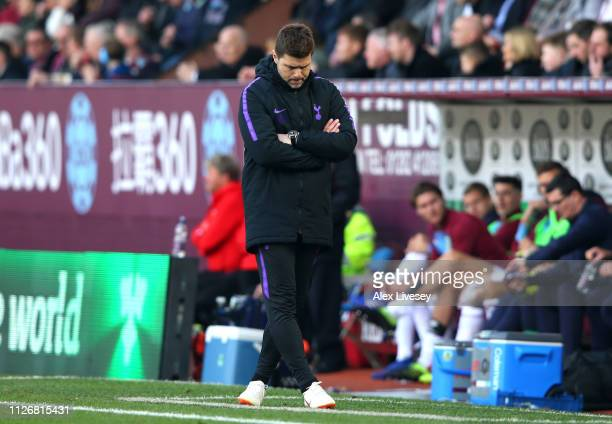 Mauricio Pochettino Manager of Tottenham Hotspur reacts during the Premier League match between Burnley FC and Tottenham Hotspur at Turf Moor on...