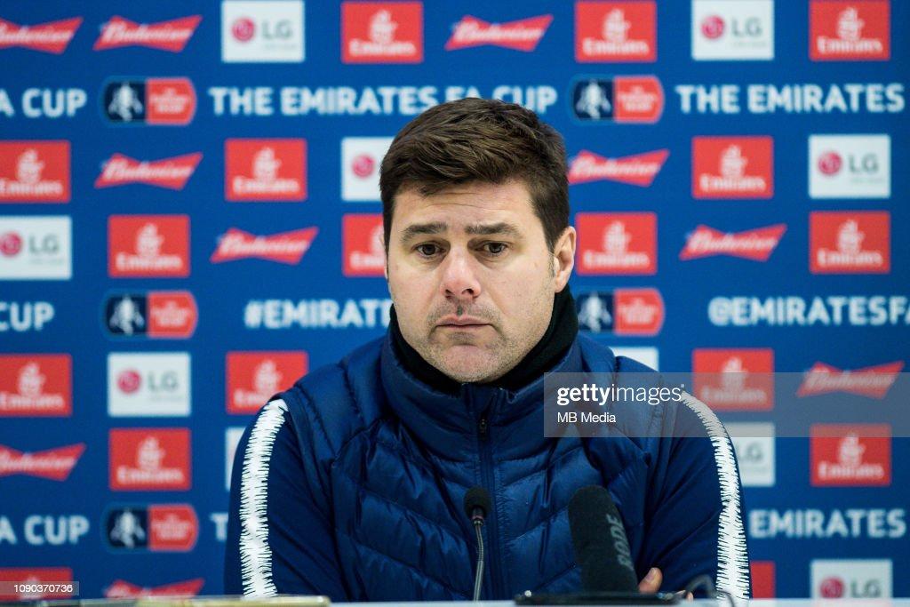 Crystal Palace v Tottenham Hotspur - FA Cup Fourth Round : News Photo