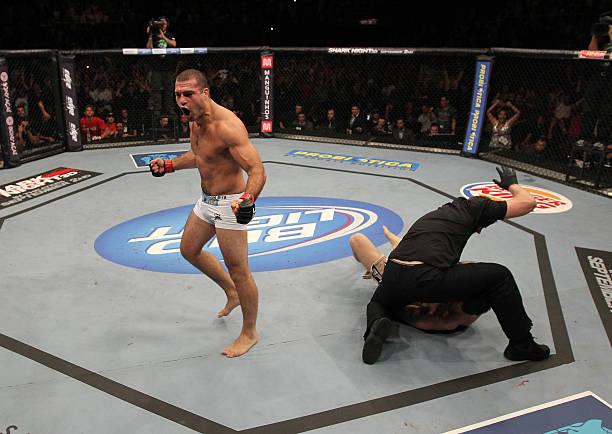 UFC 134: Griffin v Rua