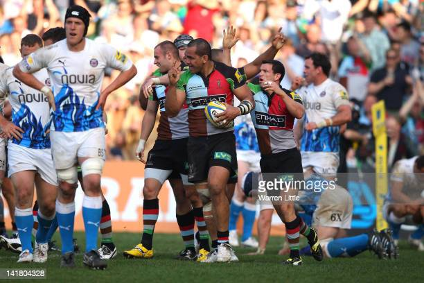 Maurie Fa'asavalu of Harlequins celebrates scoring a try during the Aviva Premiership match between Harlequins and Bath Rugby at Twickenham Stoop on...