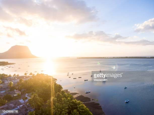 mauritius, la gaulette, aerial view to le morne brabant at sunset - ile maurice photos et images de collection