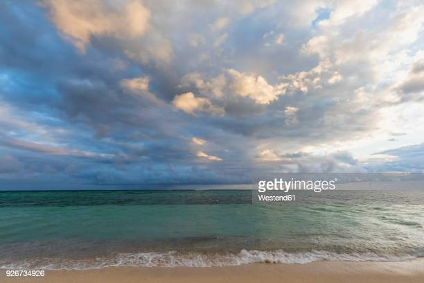 mauritius, southwest coast, indian ocean, beach of le morne - dramatic sky stock pictures, royalty-free photos & images