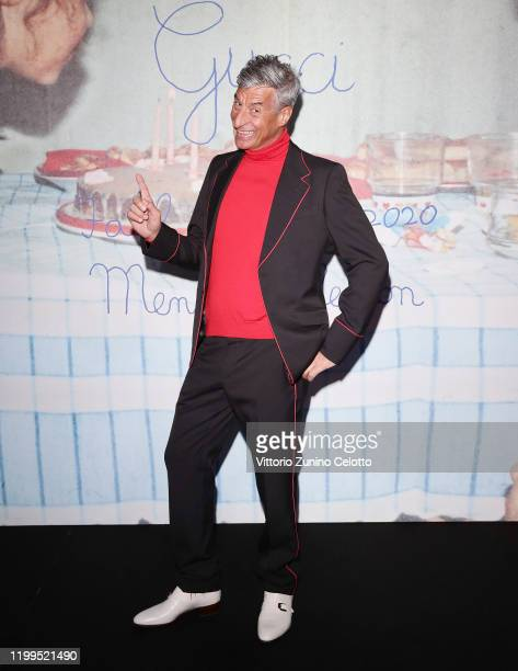 Maurizio Cattelan arrives at the Gucci show during Milan Menswear Fashion Week Fall/Winter 2020/21 on January 14 2020 in Milan Italy