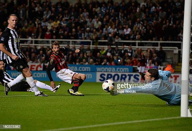 Maurizio Gant of AC Milan Glorie has a shot towards goal past Shay Given of Newcastle United during Steve Harper's testimonial match between...
