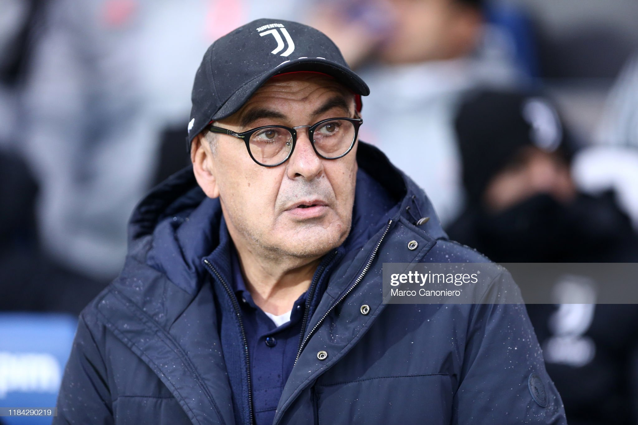 ¿Cuánto mide Maurizio Sarri? - Altura - Real height Maurizio-sarri-head-coach-of-juventus-fc-during-the-serie-a-match-picture-id1184290219?s=2048x2048