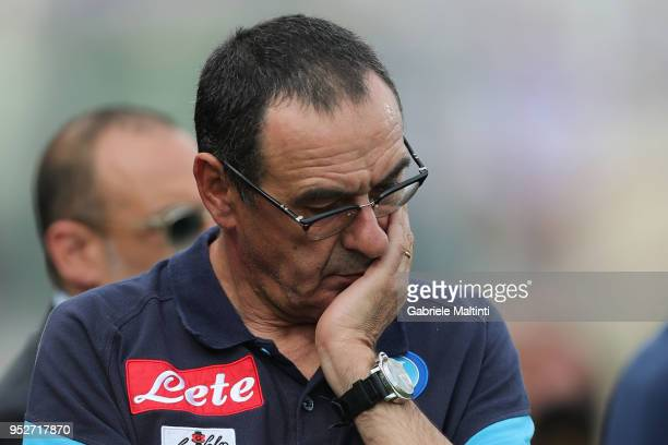 Maurizio Sarri manager of SSC Napoli looks on during the serie A match between ACF Fiorentina and SSC Napoli at Stadio Artemio Franchi on April 29...