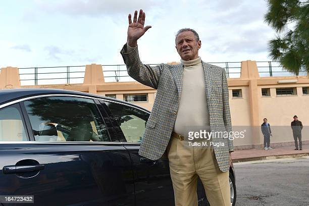 Maurizio Zamparini, President of Palermo, waves after a Palermo training session at Tenente Carmelo Onorato Sports Center on March 27, 2013 in...