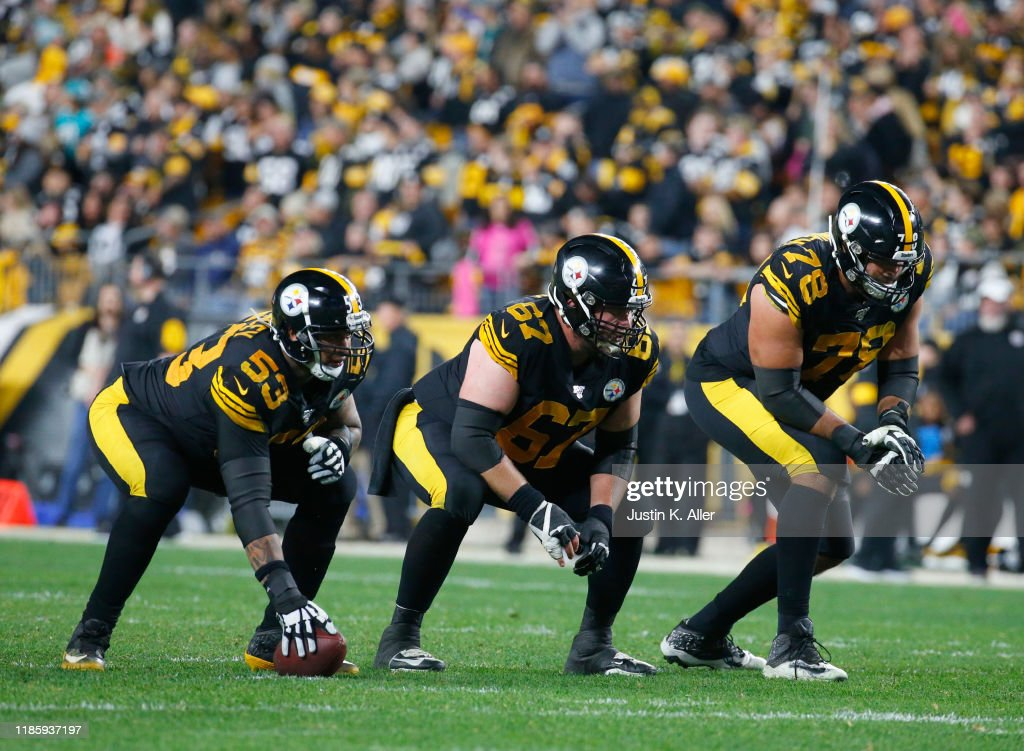 Miami Dolphins v Pittsburgh Steelers : News Photo