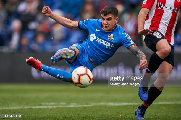 Mauro Arambarri of Getafe CF in action during the La Liga match between Getafe CF and Athletic Club at Coliseum Alfonso Perez on April 07 2019 in...