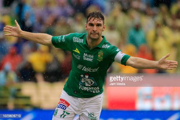 Mauro Boselli of Leon celebrates after scoring the first goal of his team during the 6th round match between Leon and America as part of the Torneo...