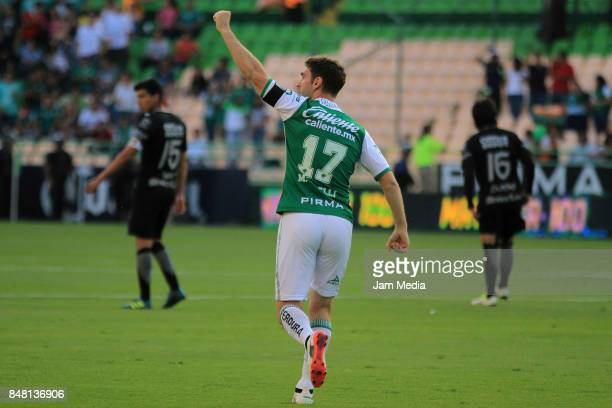 Mauro Boselli of Leon celebrates after scoring the first goal of his team during the 9th round match between Leon and Pachuca as part of the Torneo...