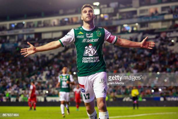 Mauro Boselli of Leon celebrates after scoring the third goal of his team during the 15th round match between Leon and Veracruz as part of the Torneo...